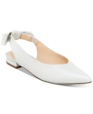 Fashioned in a sleek pointed toe and darling bow detail, these Ariel ballet  flats from
