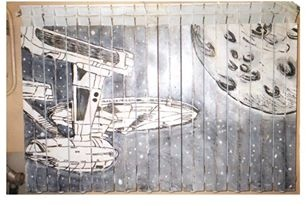 Calorifero decorato con vernici acriliche e vernice fosforescente ... soggetto astronave Enterprise dal film Star Trek