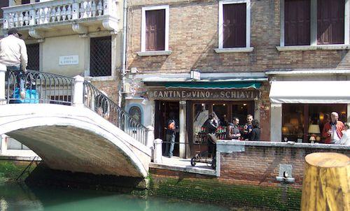 Bacari di Venezia: Cantinone (già Schiavi) Ponte San Trovaso Dorsoduro 992