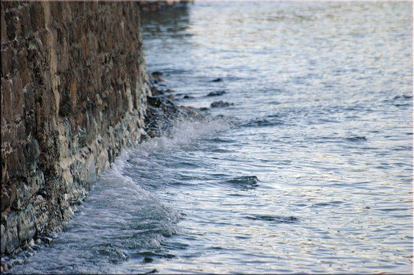 "❂ ""I hear ... water lapping with low sounds by the shore""  I W. B. Yeats"