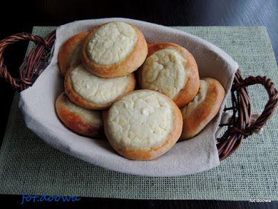 Moje Małe Czarowanie: Drożdżówki z serem