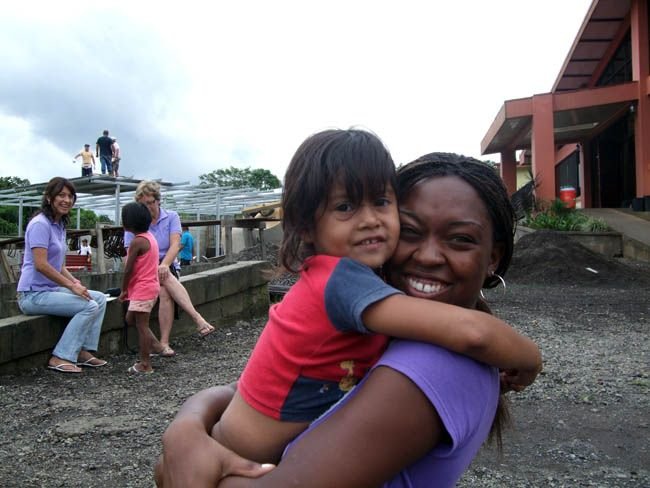 Nykkiesha's Volunteer Report from Costa Rica. Taught English in elementary school and worked in an afterschool care program.  volunteer overseas, volunteer opportunities.