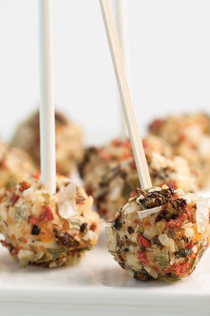 #Epicure Onion  Bacon Cheese Ball Lollies…