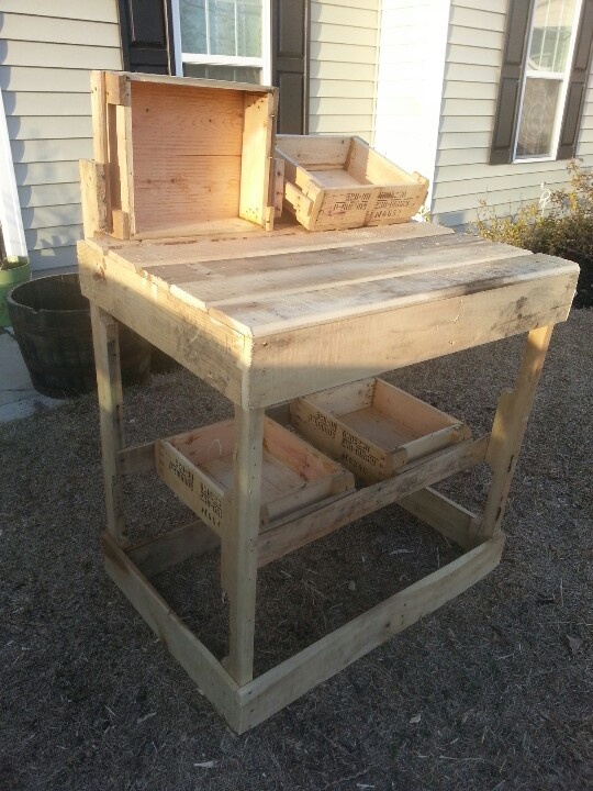 Made my wife a potting table out of pallets and ak47 ammo for Wooden chicken crate plans
