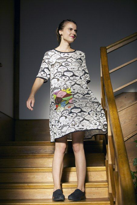 Faces Black&White Dress by Jain&Kriz. Print and pattern. Bold graphic art fashion. Cool and comfortable. 100% linen.