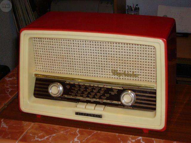 M s de 25 ideas incre bles sobre radio antigua en pinterest radios radios retro y antig edades - Como tasar muebles antiguos ...