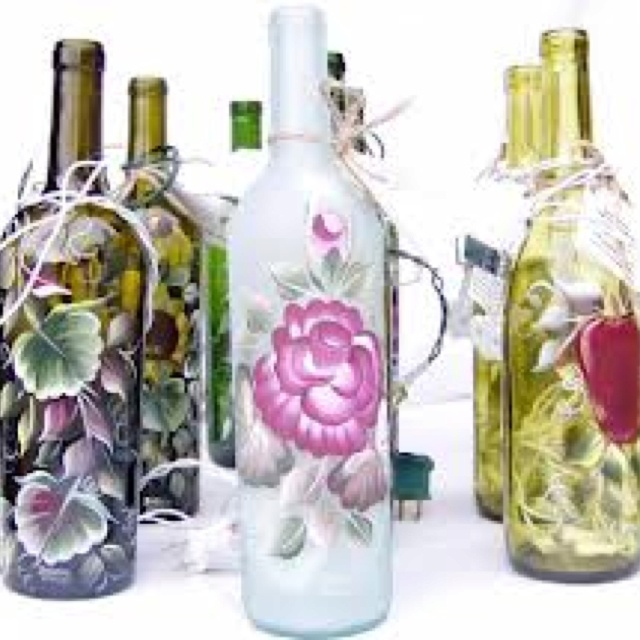185 best ideas about wine bottle decorations on pinterest for Empty wine bottle decoration ideas
