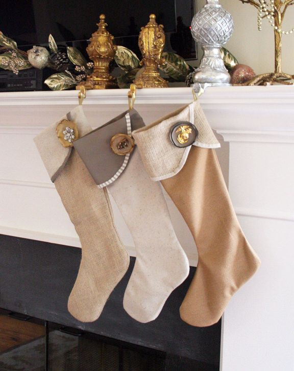 6 Weeks of Holiday DIY : Week 2 – DIY Christmas Stockings! | Decorating Your Small Space
