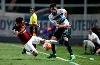 Blog Esportivo do Suíço: Grêmio joga mal, sofre, mas arranca empate heroico do San Lorenzo