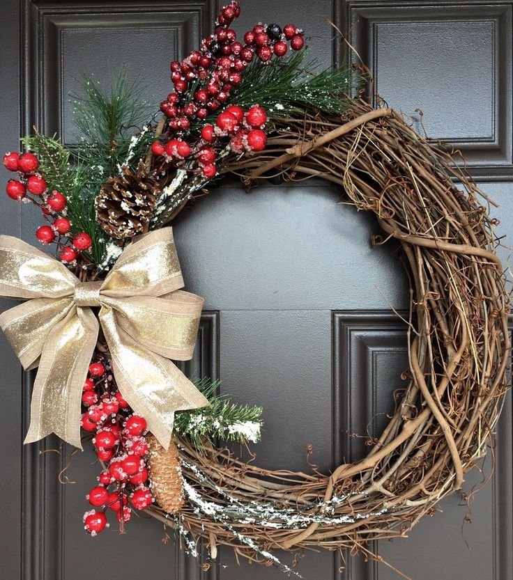 Rustic Christmas wreath with gold glitter and linen bow, red berries, greenery and pinecones; monogram wreath by SimpleWreath on Etsy https://www.etsy.com/listing/247836436/rustic-christmas-wreath-with-gold