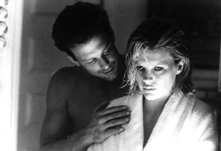 50 shades of sizzling: Hottest screen couples ever-MICKEY ROURKE AND KIM BASINGER As John Gray and Elizabeth McGraw in Nine 1/2 Weeks (1986)