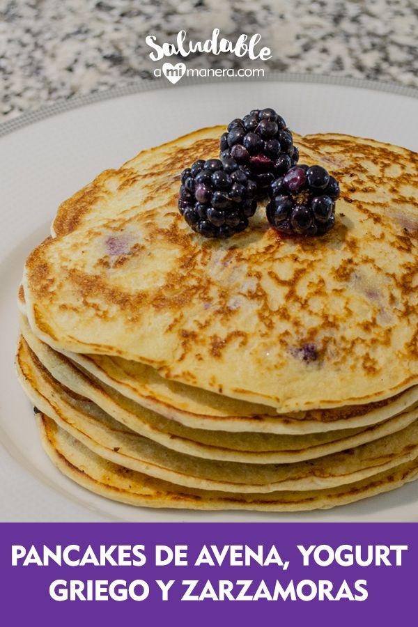Oatmeal pancakes, Greek yogurt and blackberries Yogurt Recipes, Baby Food Recipes, Vegan Recipes, Cooking Recipes, Yogurt Pancakes, Oatmeal Pancakes, Healthy Sweet Snacks, Gym Food, Natural Yogurt