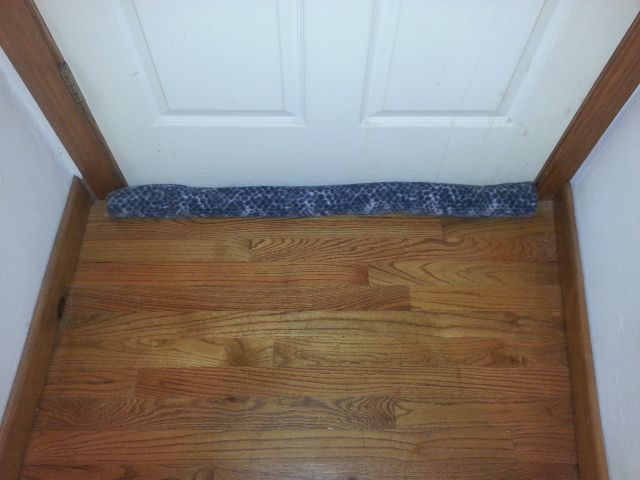 Diy Door Draft Stopper Quick And Easy 5 Step How To Diy