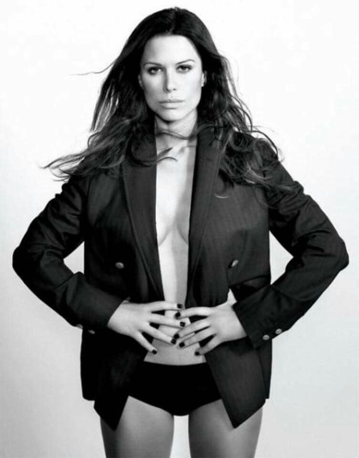 149 Best Rhona Mitra Images On Pinterest  Rhona Mitra, Actresses And Celebrity-2582