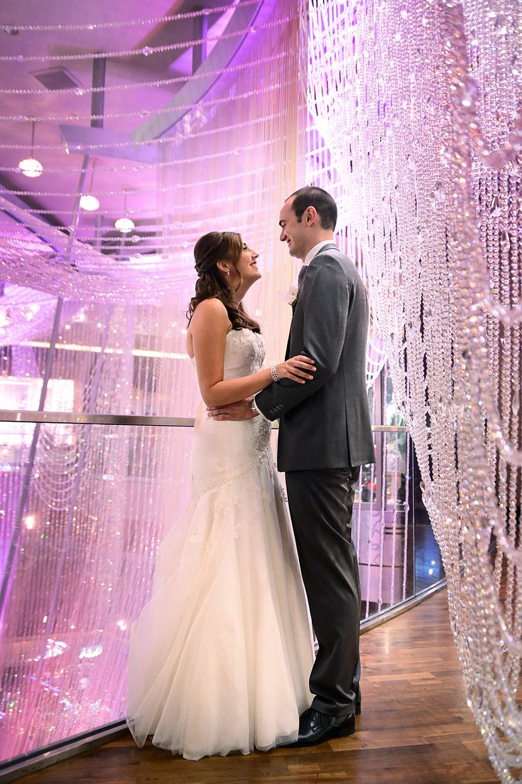 Pin By Heidi Gifford On Top Wedding Photos Pinterest Cosmopolitan Las Vegas Weddings And Venues