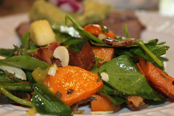 I tasted this spinach salad the other night…fantastic!Warm Spinach and Sweet Potato Salad3 cups peeled and diced sweet potatoes1 tbsp coconut oil1 apple diced8 strips of bacon, diced2 leeks, …