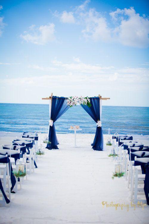 Bodas en la playa de cobalto azul real, ceremonia de bodas, bodas en la playa en verano …