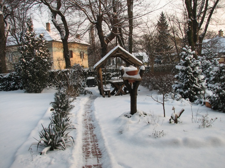 Wekerle | Garden, winter time. http://budapestpocketguide.com/budapest-yours-to-discover/wekerle-estate-centennial-year-1908.html #Budapest