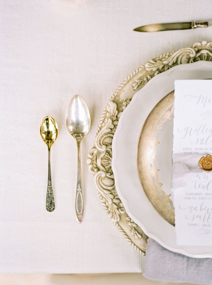 FOR THE RECEPTION || Ornate charger plate table place setting with calligraphy menus & wax seals       || NOVELA BRIDE...where the modern romantics play & plan the most stylish weddings... www.novelabride.com @novelabride #jointheclique
