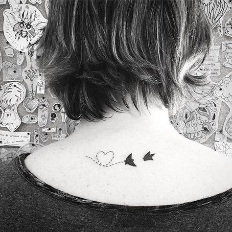 @beazzinga obrigada #birdtattoo #birds #tattooer #2016tattoo #ink #art #tattoo2me #referenciastattoo #euamotattoo #finelinetattoo #da1like #tatuagens #ilovetattoo #tattooartist #machinetattoo #tattooink #jessicadepauli #tatuagem #tatuagemsp #tatuagemdelicada #tatuagembrasil #minitatuagens #minitattoo #cutetattoo #tattooedgirls #tattooergirl #tattooerslife #tattoo @tattoo2me