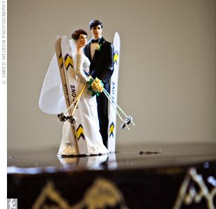 The Couple Incorporated Their Love For Skiing Into Grooms Cake A Bittersweet Chocolate Mousse
