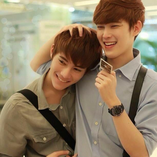 Pin By K Y A On Bothnewyear Cute Gay Korean Male Models Cute
