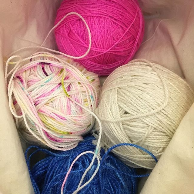 My bag of goodies! The natural one is @fleeceartist_handmaiden #casbah The multi is @noblerubydesigns in #dosomethinghappy The bright pink and blue are both dyed by me All are #cashmere blends and I am LOVING knitting with them. They are going to be a new design and Im so excited about it. #fairylittle #fairylittlepodcast