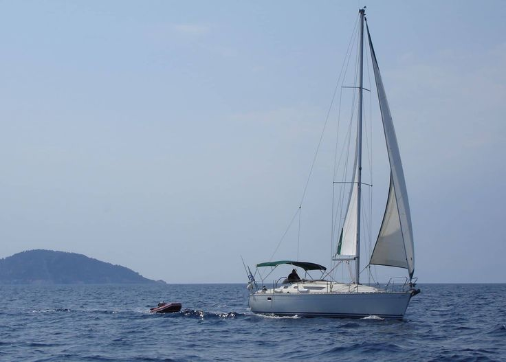 Οικονομικά πακέτα διακοπών 2017 με ιστιοπλοϊκό στη Χαλκιδική. Ζήστε την εμπειρία του σκάφους κάνοντας μια πριβέ κρουαζιέρ τεσσάρων ημερών
