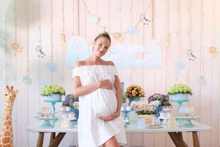celebrity baby showers on pinterest sparkle baby shower celebrity
