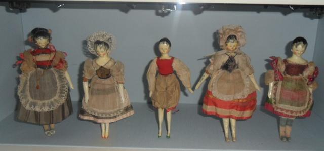 Queen Victoria's dolls~ wondering if they were part of her ...