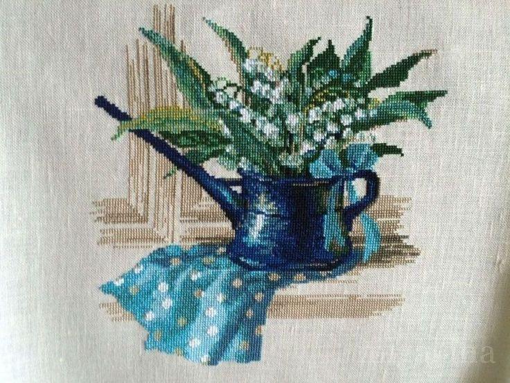 Майское утро от #Риолис 30х30 см, 20 цветов, счетный крест. Автор процессов вышивки: chana75    ✅Скачать схему: http://stitchlike.ru/bk5k     #ландыши #вышивкакрестом #весна #stitchlike_riolis