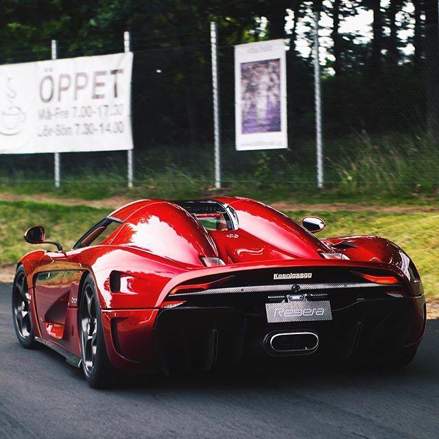 Spirit of performance. #Koenigsegg #Regera #126
