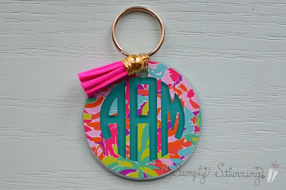 This beautiful acrylic key chain will make a perfect gift for yourself or a friend! It also makes for a great sorority, wedding, and party