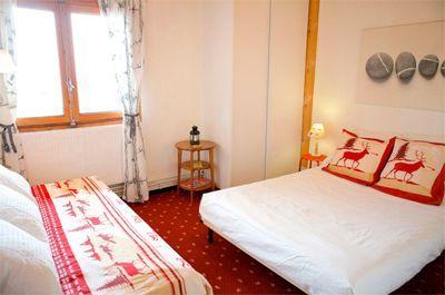 une des chambres du Grand gîte ou chambres d'hôtes à vendre à Targasonne en Pyrénées-Orientales