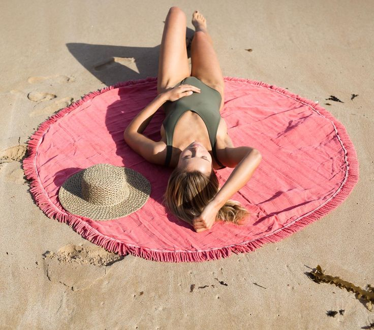 C o r a l 💕  The newest addition to our Stonewash Round Towel collection has just landed online! www.knotty.com.au