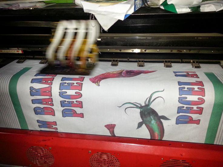 -IRM KOMPUTER- CETAK SPANDUK KAIN DIGITAL PRINTING:   cetak spanduk kain digital seafood / sea food, p...