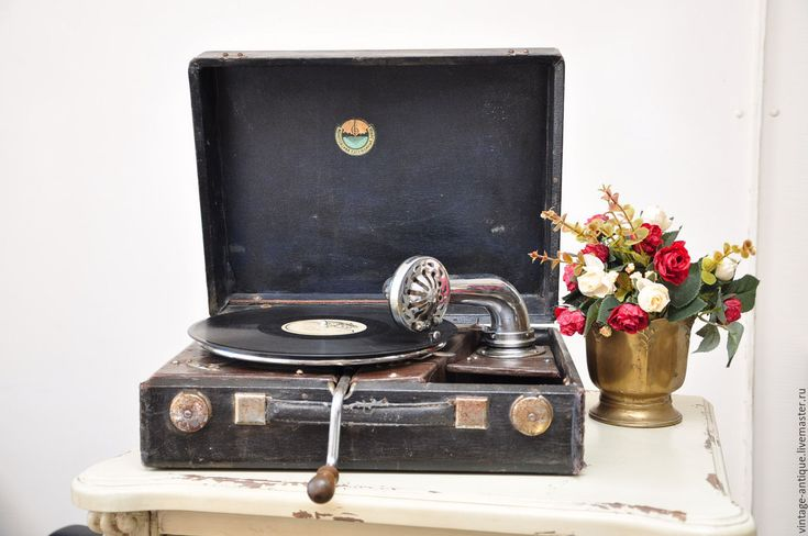 Купить Старинный патефон Молотовского завода 40-х годов рабочий - коричневый, патефон, грамафон