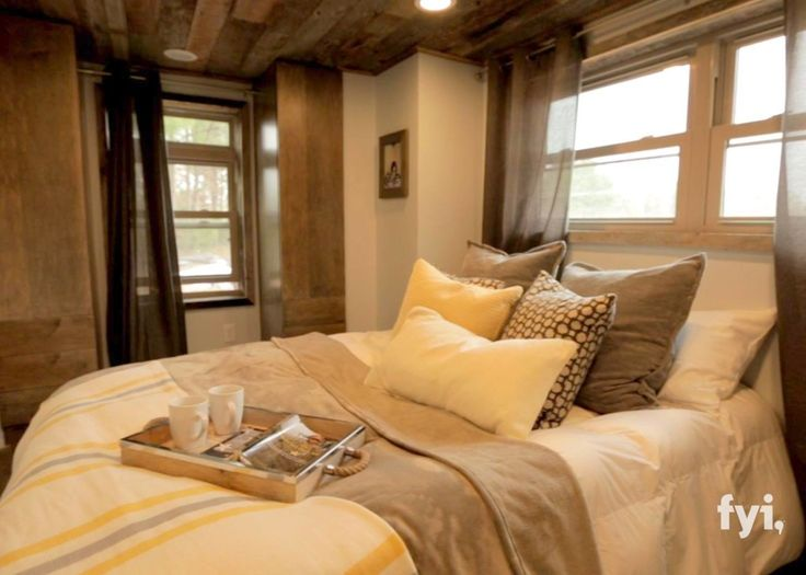 rustic-cabin-tiny-home-06