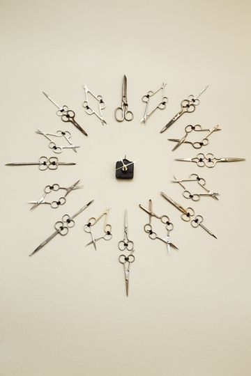 Scissor clock in hair salon, with vintage shears.   This is beautiful, maybe I could do this with all those awesome antique keys I see at the flea market?