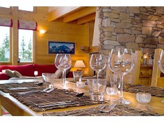 Chalet Le Torrent Luxury Family Holiday Ski Chalet Located In La Tania France  (2)