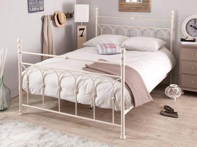 dimension d un lit 2 personnes lit deux personnes en mactal blanc madeleine 160x200cm taille drap plat lit 2 personnes