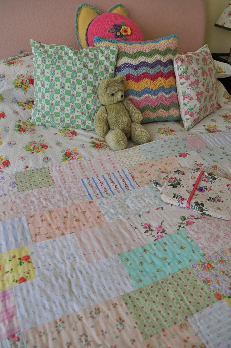 HenHouse: bedroom - this looks super simple!