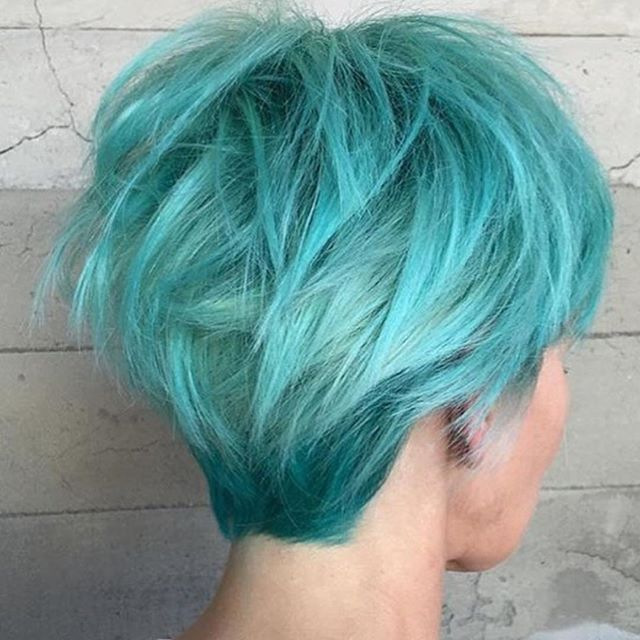 Turquoise and Aqua hair color design and messy hot short haircut by @alexisbutterflyloft #hairvidz #hotonbeauty #pulpriothair