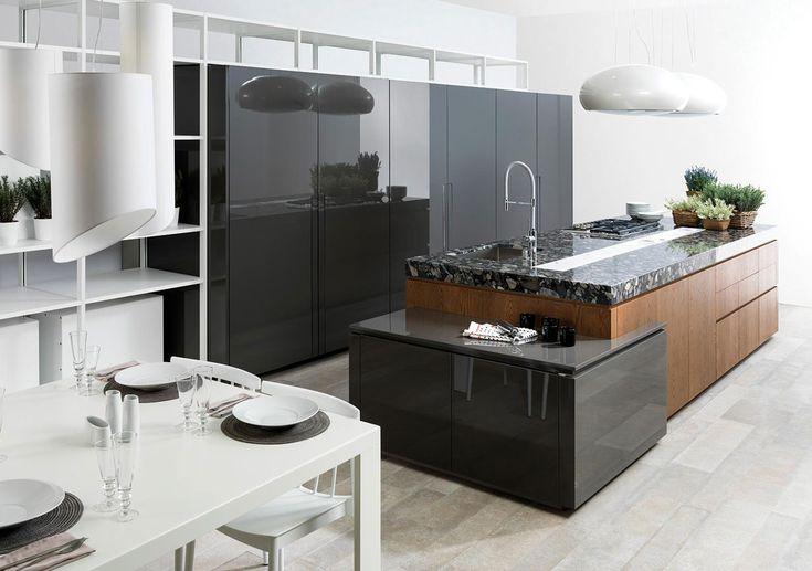 Mobiliario de cocina. Si uno de los espacios más importantes del hogar es la cocina, también lo es el mobiliario de cocina. Elige diferentes opciones con los mejores acabados.