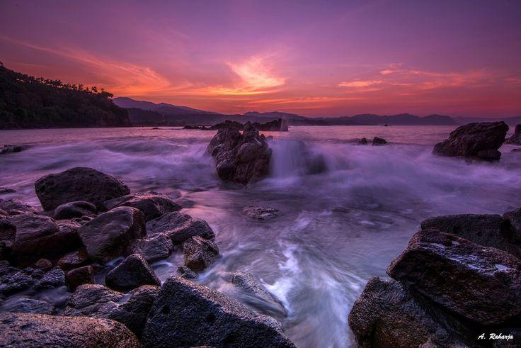"photos-worth: ""Splash Wave 2, by AntonRaharja "" Sunrise at Cibangban Beach, Pelabuhan Ratu Beach, Sukabumi, West Java, Indonesia. "" """