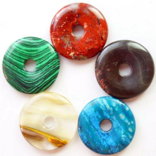 5 donuts en pierre 30X30 malachite, jaspe rouge, jaspe picasso, jaspe ocean et quartz rose : Autres accessoires bijoux par perlesenpagaille