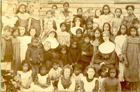 Catholic Nuns - Blessed Mary Mackillop on the left. Mary Mackillop never took no for an answer, and was responsible for initiating orphanages and children's schools in Australia. What a gal.