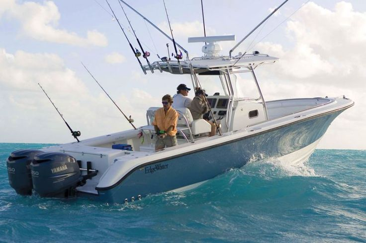 Center console monohull boat / outboard / sport-fishing / 12-person max.