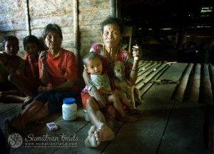 mentawai-woman2_siberut-island_sumatran-trails-001