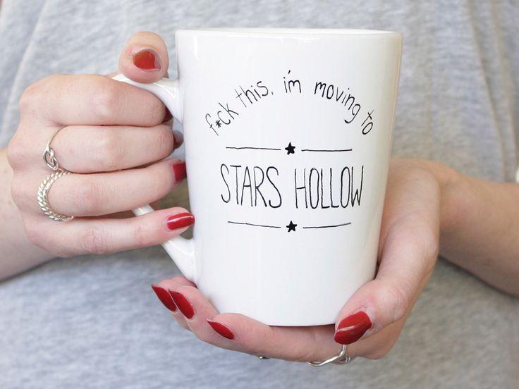 #GilmoreGirls f*ck this i'm moving to Stars Hollow